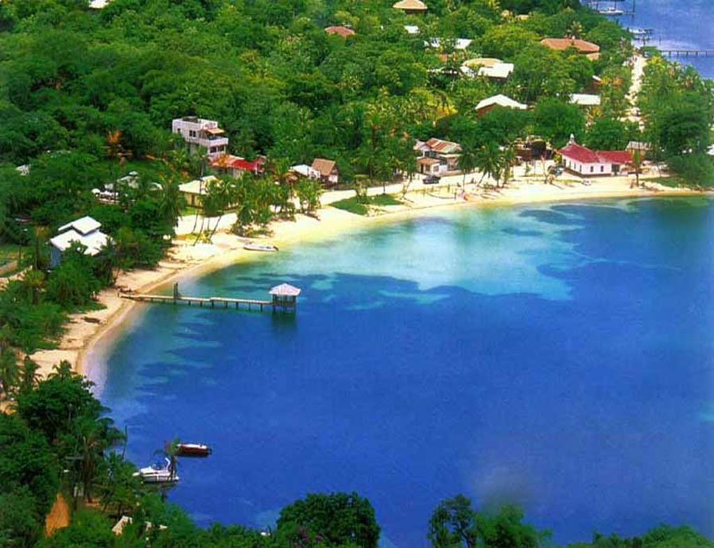 Aerial View Picture of Half Moon Bay in West End, Roatan - Courtesy of www.roatanonline.com